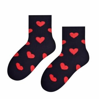 Skarpety dla dzieci bawełniane - motyw w czerwone serca new 014 - Serca czerwone